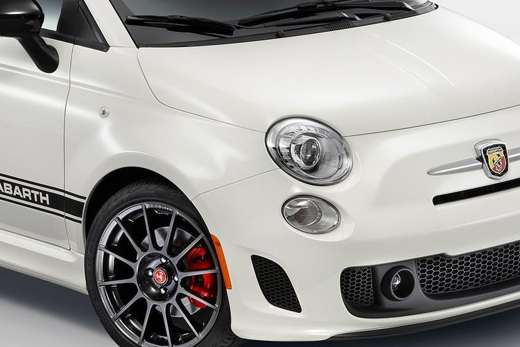 Abarth 595 C Cabrio 1.4 T-Jet 165PS Turismo 2Dr Auto detail view
