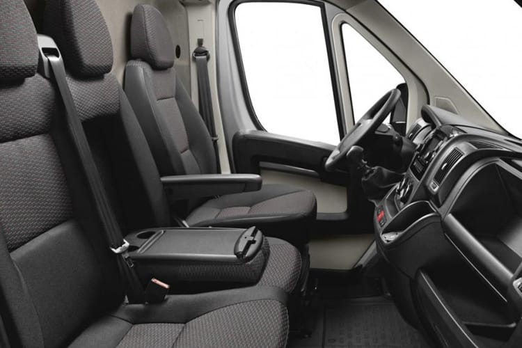 Peugeot Boxer 435 L4 2.2 BlueHDi FWD 140PS Professional Van High Roof Manual [Start Stop] inside view